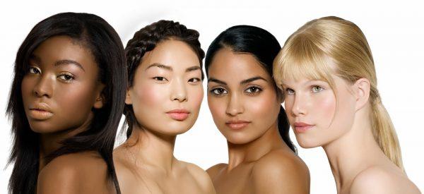 Девушки с различным цветом кожи