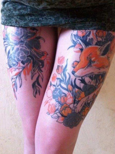 Татуировка на женских ногах