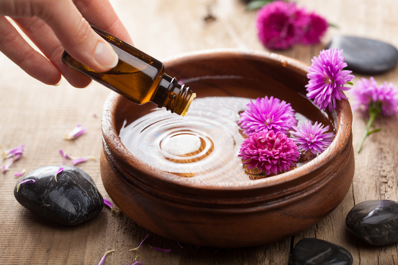 Здоровье и красота с эфирным маслом розового дерева, и как ароматерапия поможет поверить в себя
