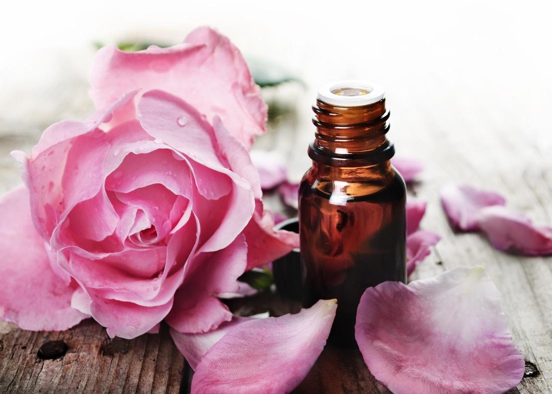 Полезные свойства и применение масла розы