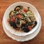 Спагетти с дарами моря и оливковым маслом