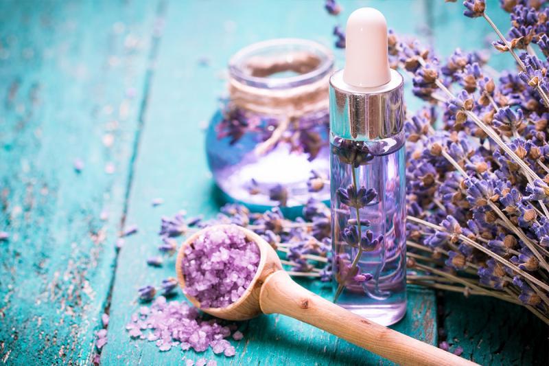 Масло лаванды: эффективные способы применения для волос