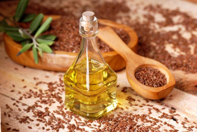 Льняное масло при запорах: как правильно использовать