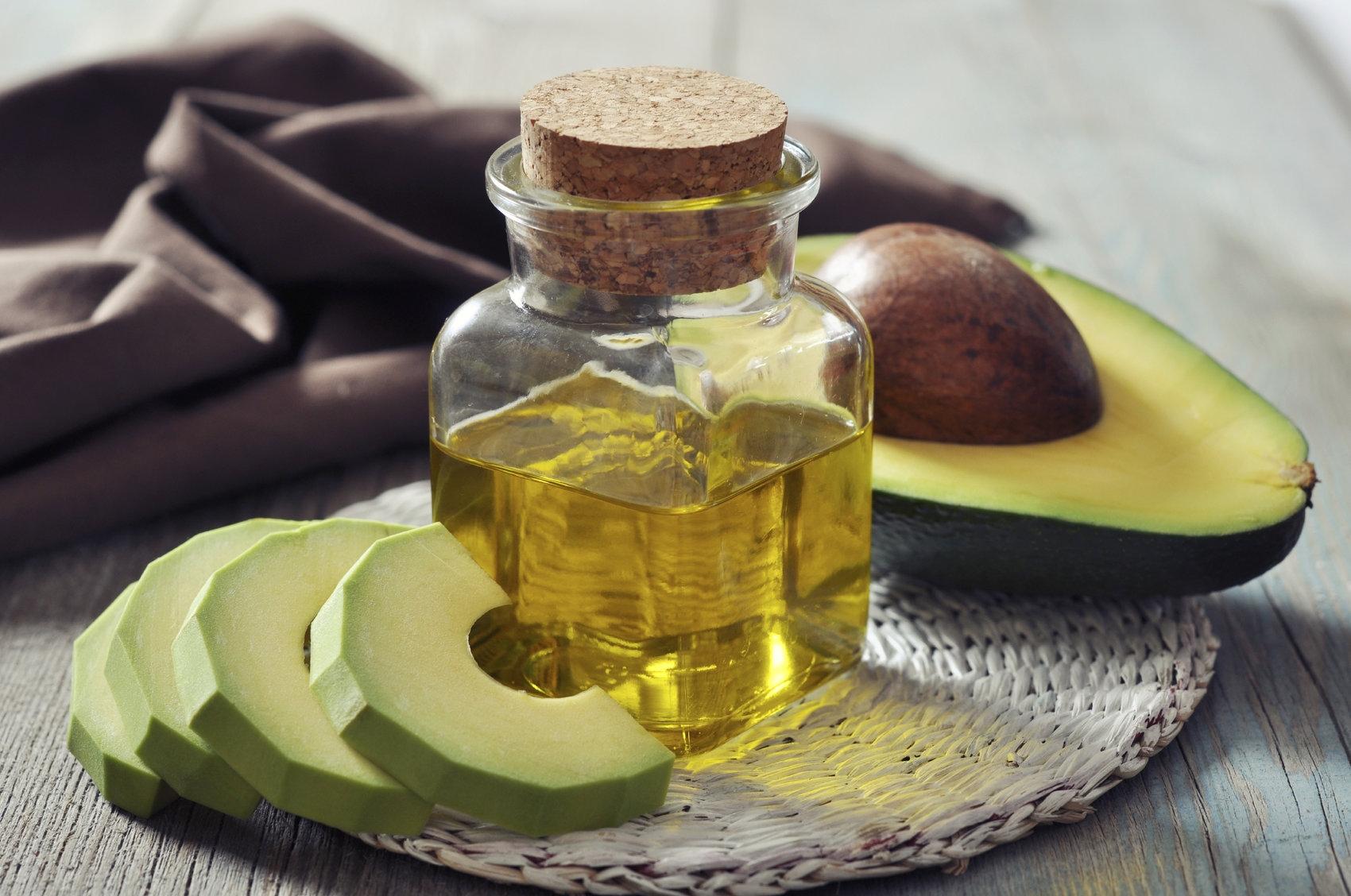Масло авокадо для лица: свойства и применение