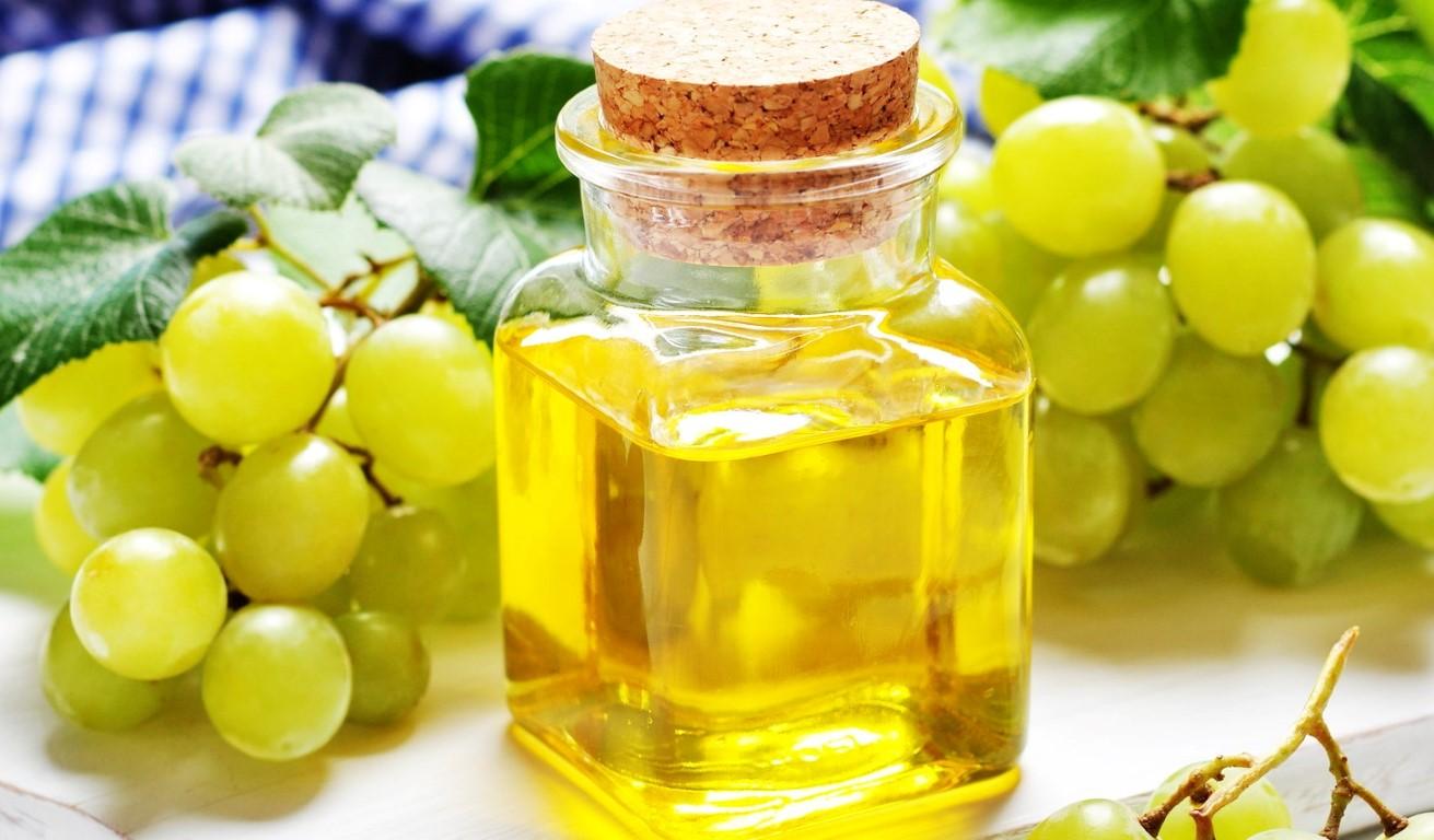 Масло виноградных косточек: полезные свойства и особенности применения
