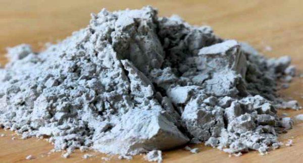 чёрная вулканическая глина