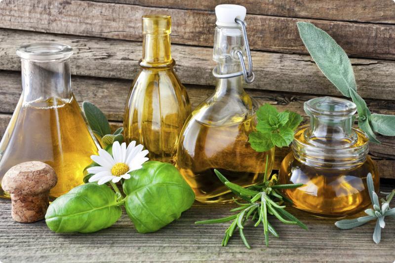 Эфирные масла для красоты и здоровья волос