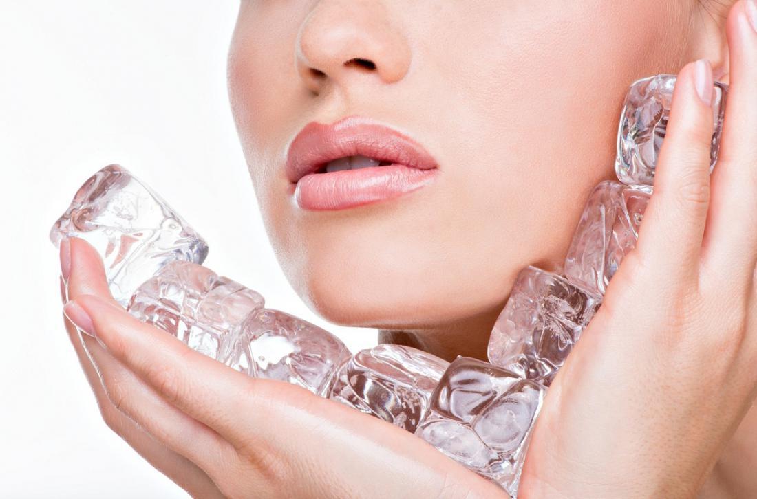 Кубики льда против морщин: свойства и применение