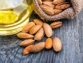 Орехи и масло миндаля