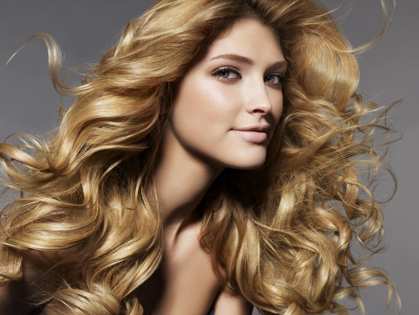 Персиковое масло для волос: свойства и применение