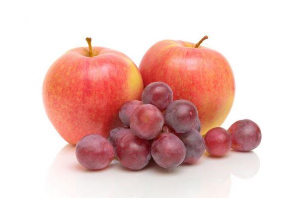 виноград и яблоки