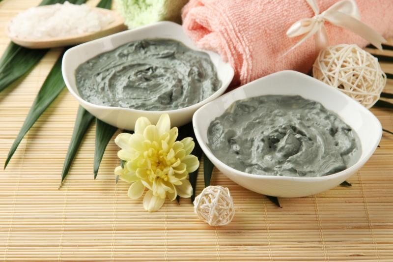 Голубая глина для волос: полезные свойства и рецепты масок