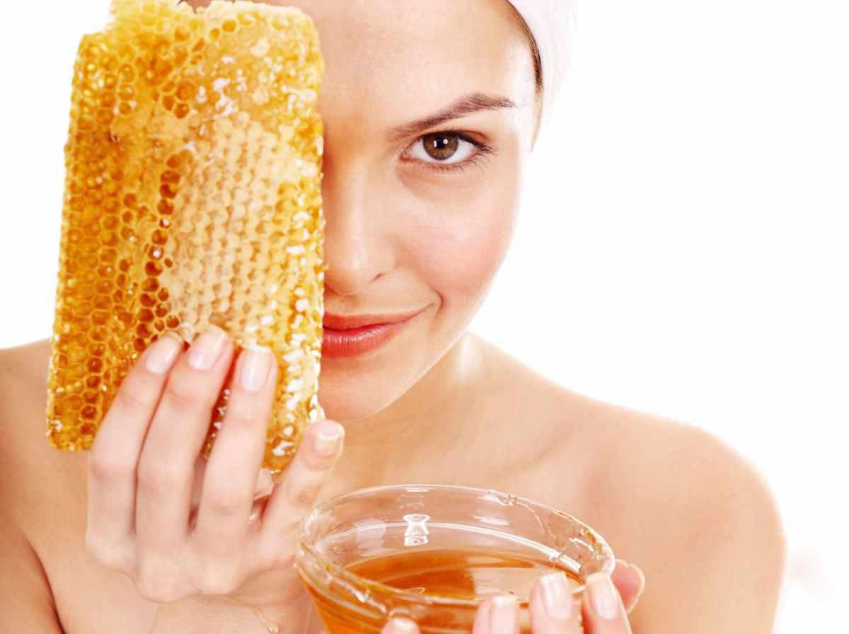 Маски с мёдом, или Как позаботиться о коже лица