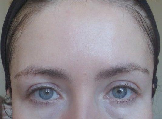Кожа девушки после использования сметанной маски
