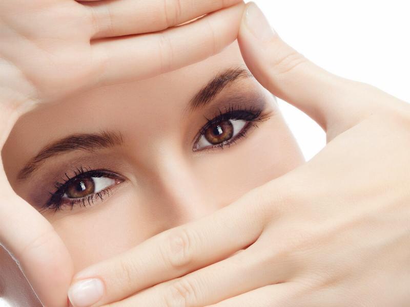 Касторовое масло против морщин вокруг глаз