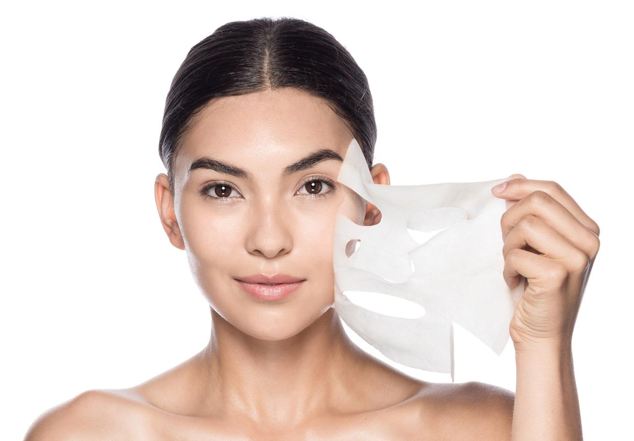 Особенности и правила использования омолаживающих масок для лица