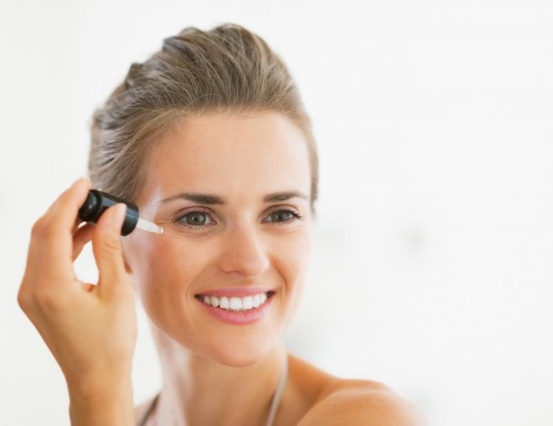 Ретинола ацетат в косметологии: свойства и способы применения