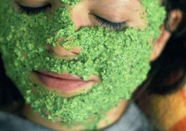 Маска для лица с зеленью
