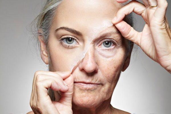 Удаление с лица маски-плёнки