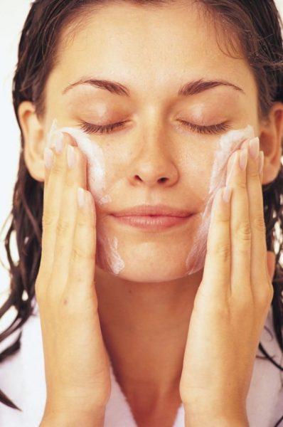 Умывание лица