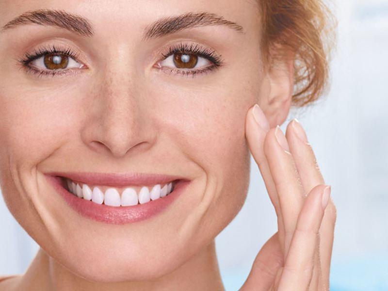 Сохраняем молодость кожи лица: рекомендации для женщин 30–40 лет