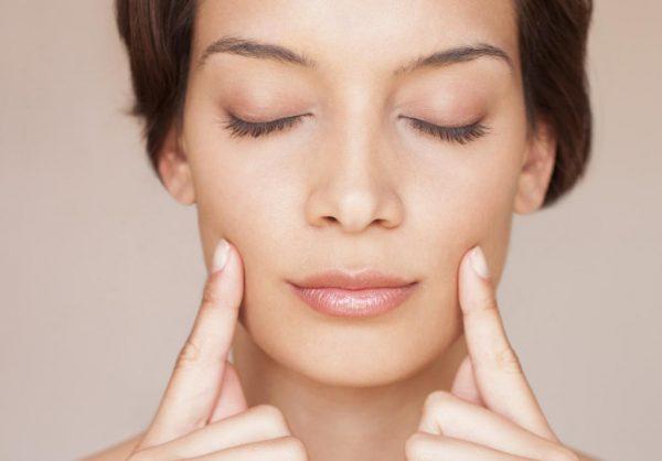 Упражнение на расслабление морщин возле рта