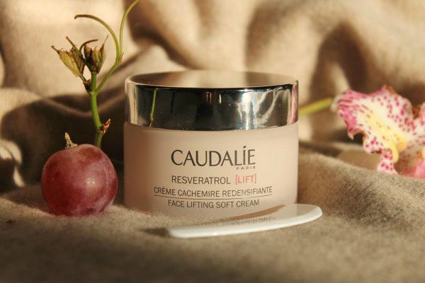 Крем для лица Caudalie Resveratrol Lift Нежный лифтинг крем