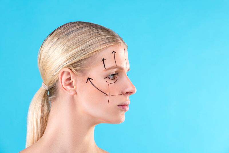 Эндоскопическая подтяжка лица: операция, способная повернуть время вспять