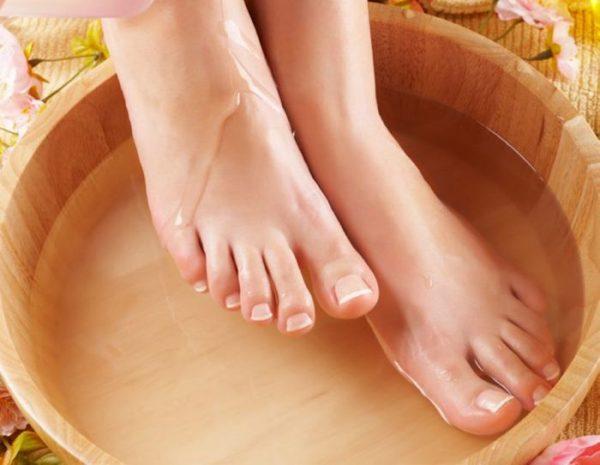 Ножные ванночки с пихтовым маслом
