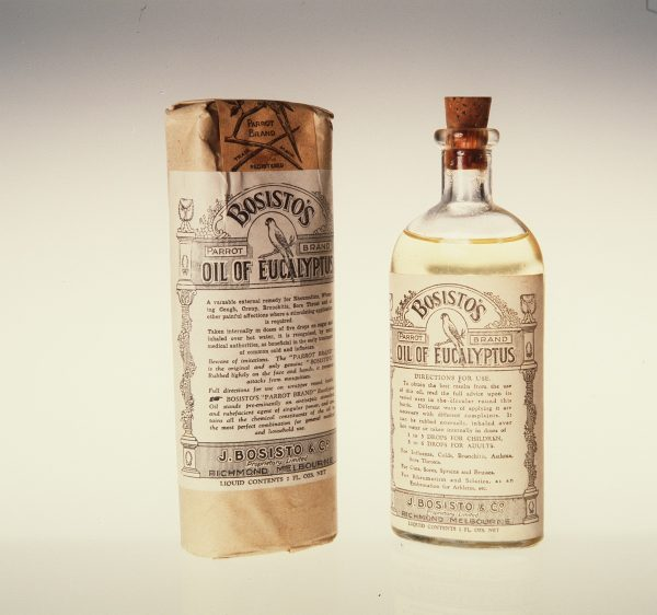 Старинная упаковка масла эвкалипта