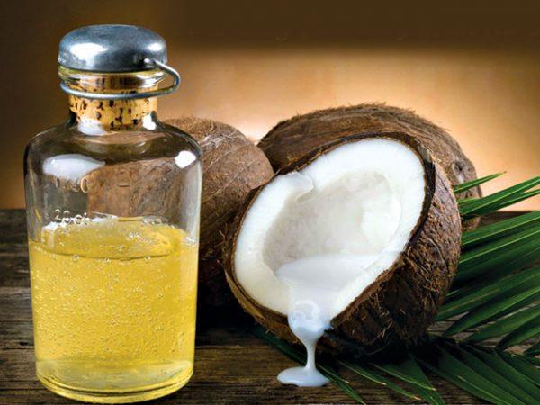 кокосовый орех и кокосовое масло