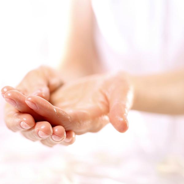 Руки в масле