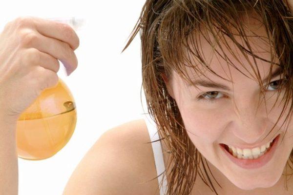 Орошение волос из пульверизатора