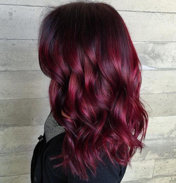 Волосы вишнёвого цвета