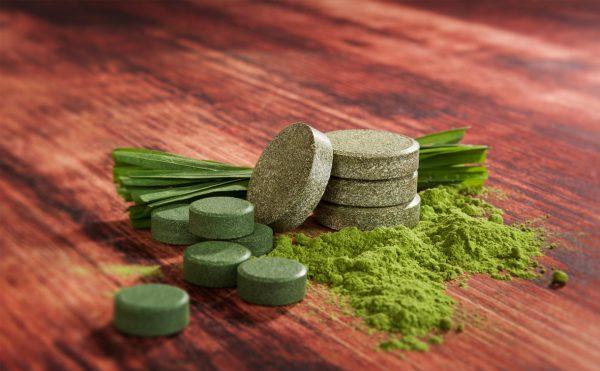 Зелёные таблетки, порошок, трава