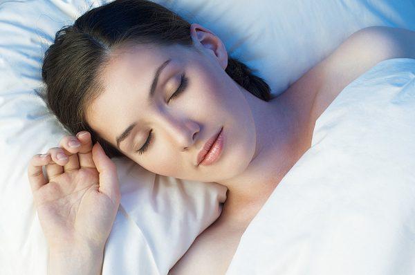 Сон на спине
