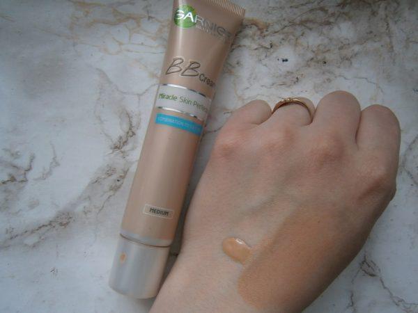 Текстура крема для жирной кожи