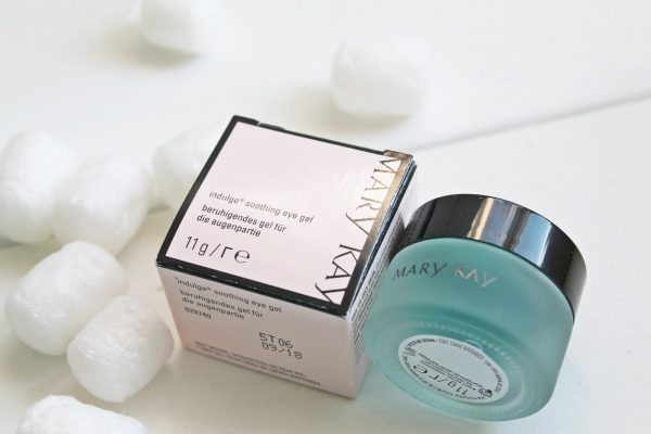 Indulge Soothing Eye Gel от Mary Kay